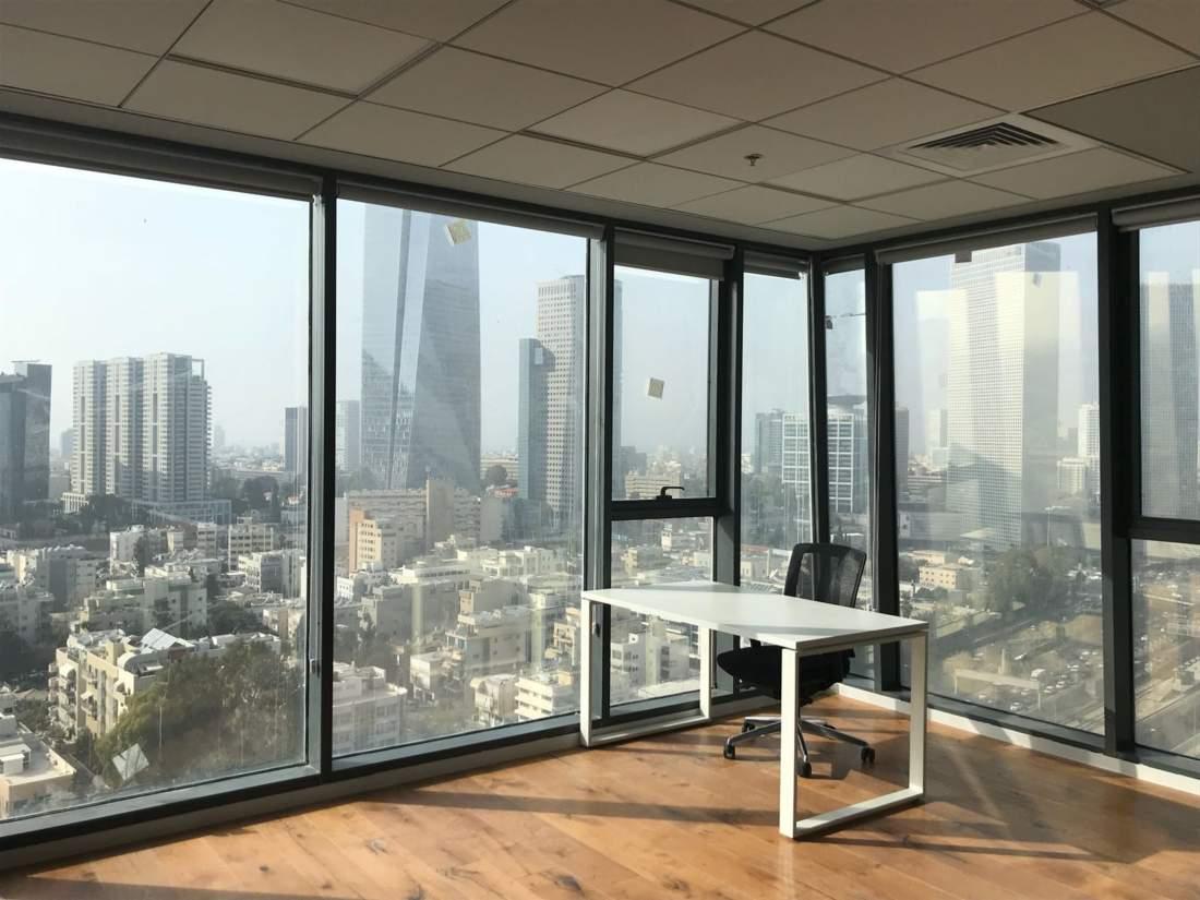 משרד חדש לגמרי בפרוייקט מגדלי אלון החדש והיוקרתי.