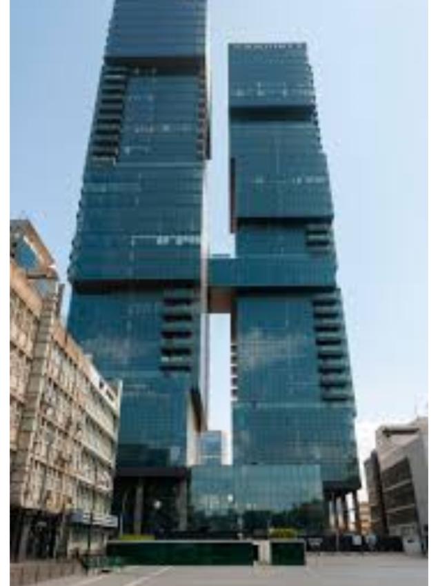 כ 366 מ״ר בשכירות משנה בקומה גבוהה במגדלי הארבעה (מגדל צפוני).
