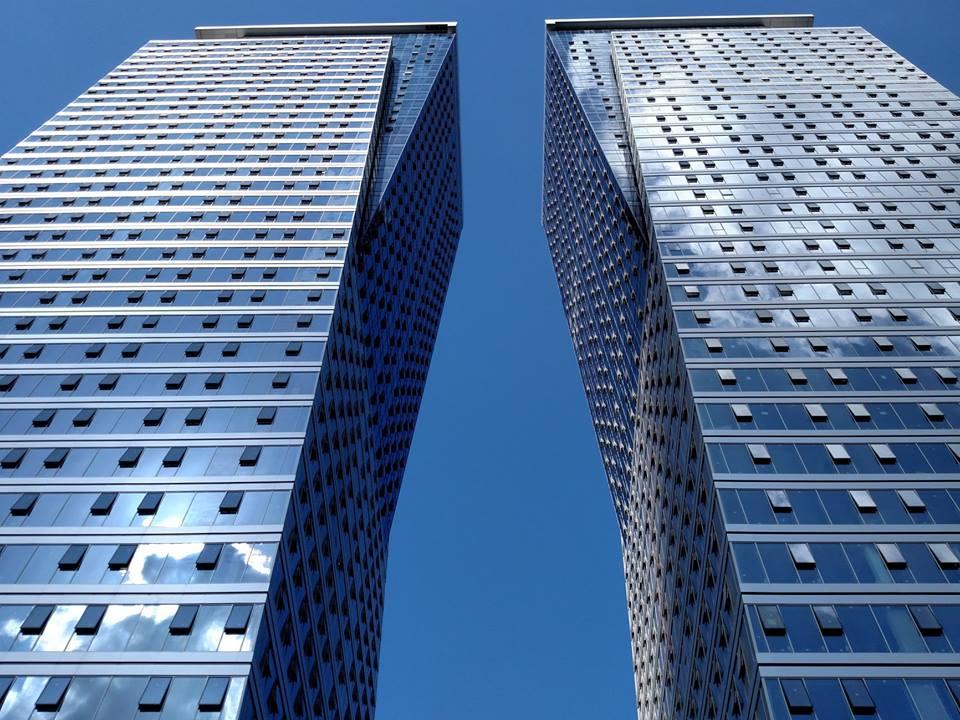 חצי קומה גבוהה במגדלי אלון במחיר אטרקטיבי.