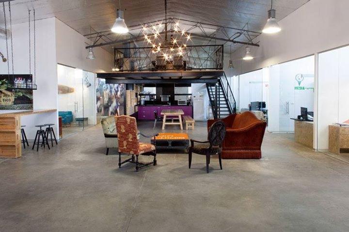 לופט מיוחד להשכרה בדרום העיר, למעצבים, חברות פרסום ומיתוג והייטק.