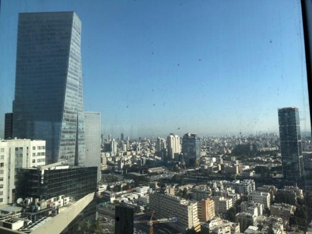 משרד חדש ברמה גבוהה בבניין הכי יוקרתי בתל אביב.