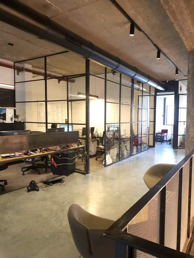 משרד מהמם plug@play לכניסה מיידית 925 מ״ר + גג.