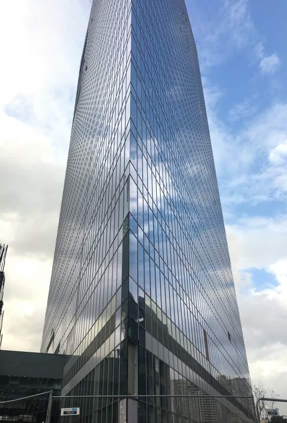 משרד להשכרה במגדל WE החדש על מחלף שלום.