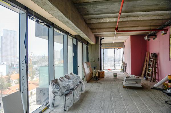 להשכרה במגדלי הארבעה בתל אביב