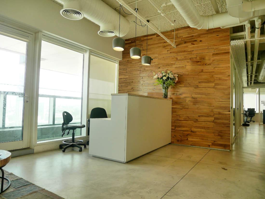 900 – 450 מ״ר משרדים ברמה גבוהה מאד עם מרפסת גדולה.