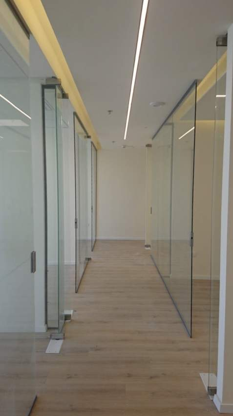 משרד חדש לחלוטין 182 מ״ר במגדל משרדים חדש ליד רכבת סובידור.