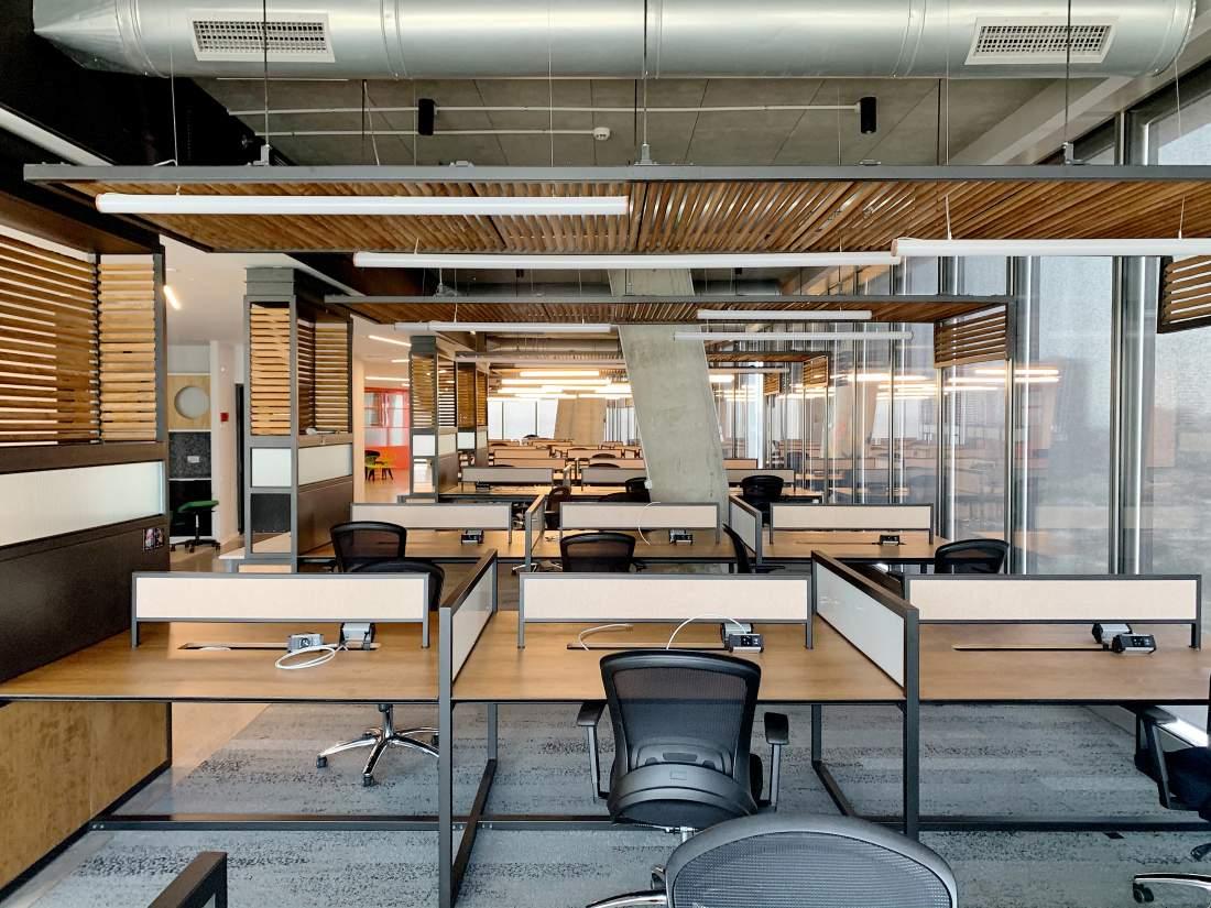 משרד מדהים מרוהט ומוכן לכניסה
