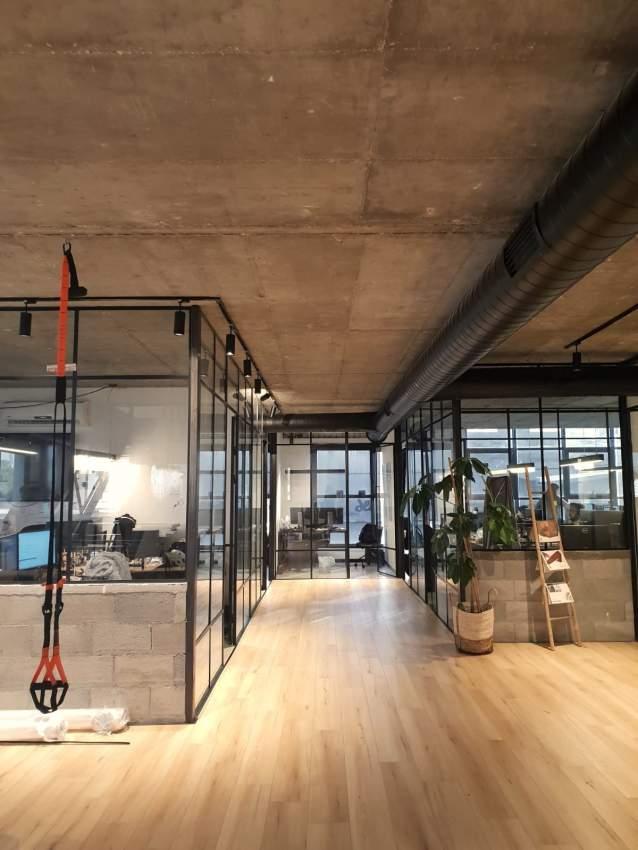 להשכרה קומה מהממת בבניין חדש בשכ׳ מונטיפיורי בת״א